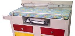 Mesa para examen de bebés